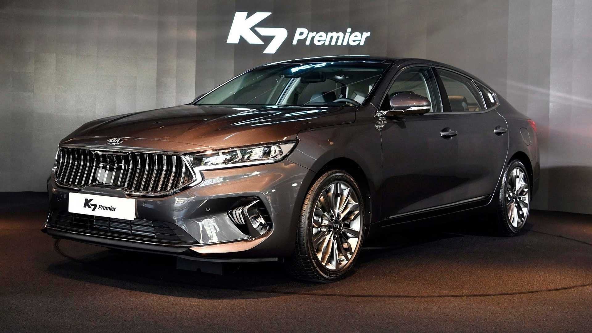 2021 Kia Cadenza Price Release Date, Color Options, Changes - Kia Cadenza V6 Transmission Options, Release Date